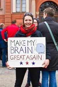 Annemarie Schütz hat eine Botschaft für US-Präsident Trump, der das Budget für amerikanische Forschungseinrichtungen kürzen will