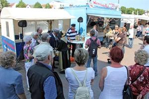 14. Heringsfest auf dem Warnemünder Fischmarkt am 8. und 9. April 2017