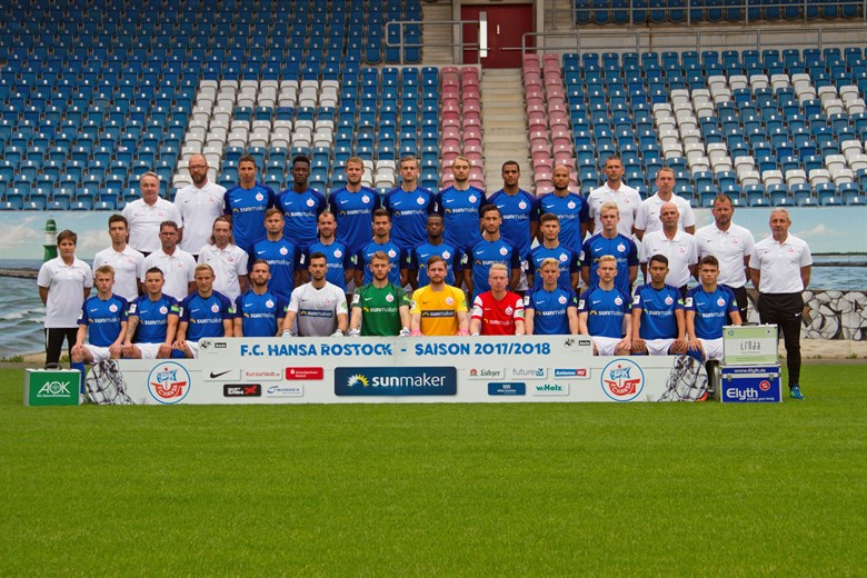 FC Hansa Rostock - Mannschaftsfoto für die Saison 2017/2018