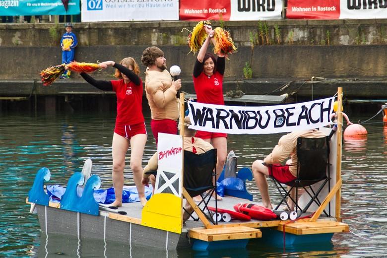 Waschzuberrennen 2017 auf dem Alten Strom in Warnemünde