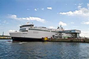"""Fähre """"Copenhagen"""" im Seehafen Rostock - Die Zahl der beförderten Fährpassagiere von und nach Nordeuropa stieg um 70.000 auf eine Million."""