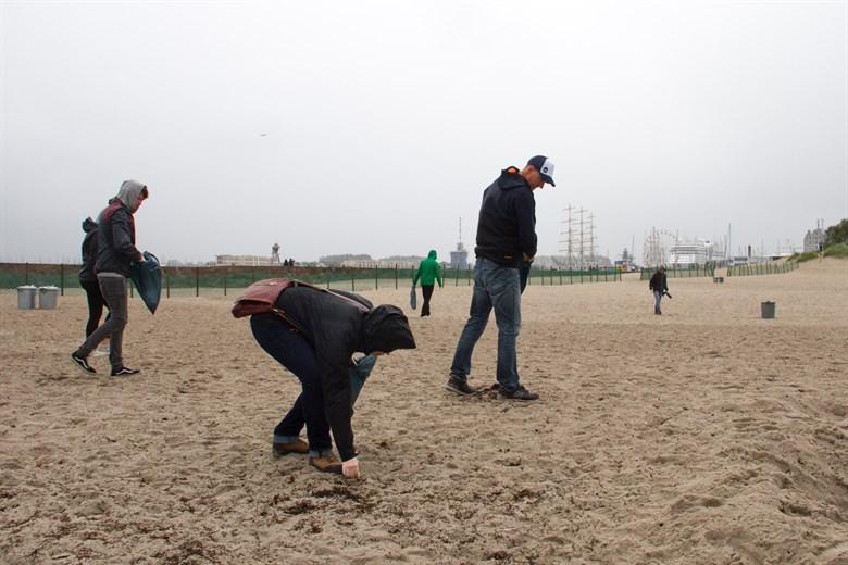 Beachcleanup zur Hanse Sail