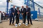 MV Werften: Erster Spatenstich für Schiffbauhalle in Warnemünde