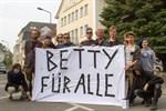 Rettet-Betty-Demo für Erhalt der alten Orthopädie