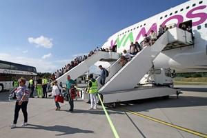 Mehr Kreuzfahrtpassagiere am Flughafen Rostock-Laage (Foto: Archiv)