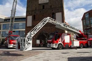 Die neue Magirus Gelenkdrehleiter M4L-AS ist eine Sonderanfertigung wie jede Feuerwehrdrehleiter, sagt der Leiter des Brandschutzamtes Johann Edelmann.