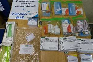 Dopingmittel und Rauschgift in Rostock sichergestellt (Foto: Zollfahndungsamt Hamburg)
