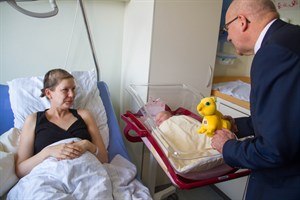Clara erblickte um 4:29 Uhr als zweites Kind 2018 das Licht der Welt im Rostocker Südstadtklinikum
