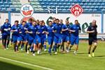 Hansa Rostock besiegt die Würzburger Kickers mit 3:1 (2:0)
