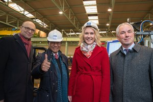 MV Werften startet Bau des ersten 204.000 BRZ großen Global-Class-Kreuzfahrtschiffes: Erwin Sellering (Ministerpräsident a.D.), Tan Sri Lim Kok Thay (Chairman und CEO Genting Hong Kong), Manuela Schwesig (Ministerpräsidentin) und Thomas Beyer (Bürgermeister Wismar)