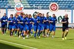 Hansa Rostock besiegt Wehen Wiesbaden mit 2:0 (1:0)