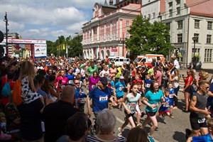 Start des Rostocker Citylaufes 2018 auf dem Neuen Markt