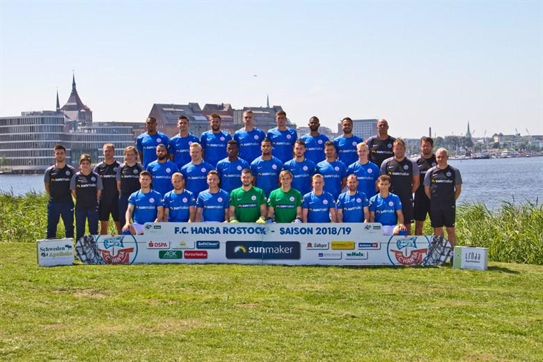 FC Hansa Rostock - Mannschaftsfoto für die Saison 2018/2019