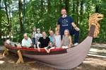 Wikinger-Boot lädt im Zoo Rostock zum Picknick ein