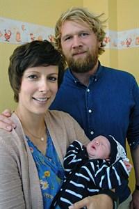 2018. Geburt am Klinikum Südstadt Rostock: Franziska Borck und Mirco Groth mit ihrem Sohn Joris (Foto: Klinikum Südstadt Rostock)