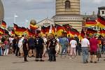 AfD-Aufzug und Gegendemos in Rostocks Innenstadt