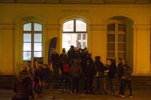 Lange Schlange bei der Langen Nacht der Museen in Rostock 2018