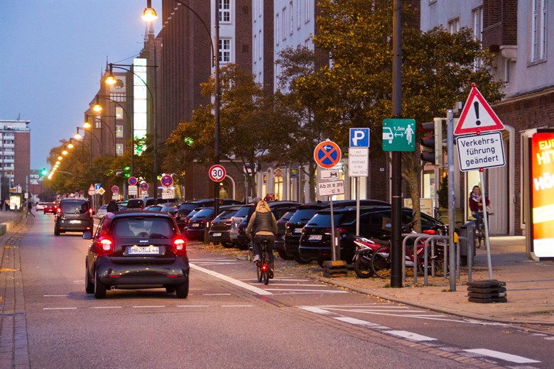Ärger nach Verkehrsänderung in der Langen Straße