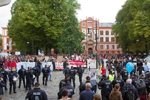 Durch eine AfD-Demo und geplante Gegenproteste kommt es am Mittwoch, dem 12. Dezember 2018 in der Kröpeliner-Tor-Vorstadt zu Verkehrseinschränkungen (Foto: Archiv)