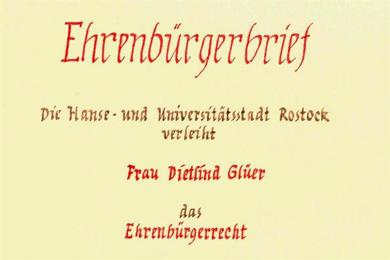 Verleihung des Ehrenbürgerrechts an Dietlind Glüer
