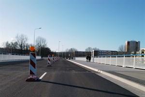 Kreuzungsbauwerk Evershagen: Brücke über die Stadtautobahn teilweise für Verkehr freigegeben