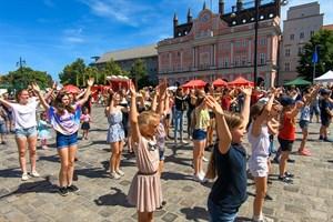 zum 801. Stadtgeburtstag Rostocks gab es heute einen Tanzflashmob auf dem Neuen Markt