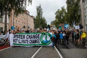 Mehr als 4.000 Teilnehmer protestierten heute in Rostock im Rahmen des globalen Klimastreiks