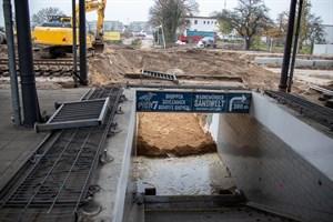 Der alte Bahnhofstunnel in Warnemünde wurde schon fast komplett zurückgebaut