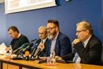 Corona: Rostock schließt Schulen, Kitas und Ämter