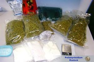 Drogen bei Durchsuchungen sichergestellt