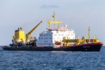 Baggerarbeiten im Seekanal Rostock