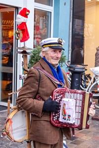 """""""Spielmannopa"""" Michael Tryanowski an seinem 90. Geburtstag (Foto: Archiv)"""