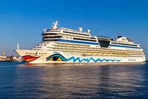 Die AIDAmar startet am 12. August ab Warnemünde zu ihrer ersten Kreuzfahrt nach der Corona-Zwangspause (Foto: Archiv)