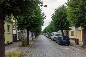 Die Parkplatzverknappung sorgt für eine schwierige Situation in Warnemünde, sagt der KOD-Chef.