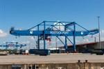 Weniger Fracht und Passagiere im Überseehafen