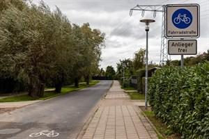 Polleranlage für Fahrradstraße nach Warnemünde