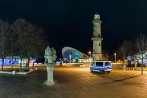 Ein insgesamt ruhiges Einsatzgeschehen verzeichnete das Polizeipräsidium Rostock in der Silvesternacht 2020