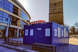 Corona-Schnelltest-Container vor dem KTC in Rostock soll nächste Woche den Betrieb aufnehmen