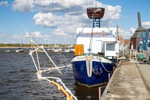 Fischkutter im Stadthafen Rostock gesunken