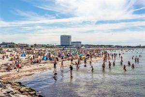 Neue Strand-Regeln in Warnemünde geplant (Foto: Archiv)