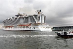 """MSC Seaview"" im Kreuzfahrthafen Rostock-Warnemünde"
