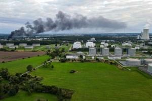 Brand im Überseehafen Rostock