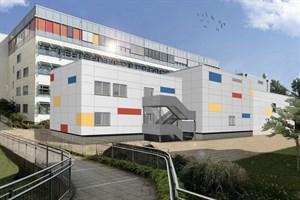 Ansicht des Modulanbaus im Innenhof (Visualisierung: MHB Architekten + Ingenieure GmbH Rostock)